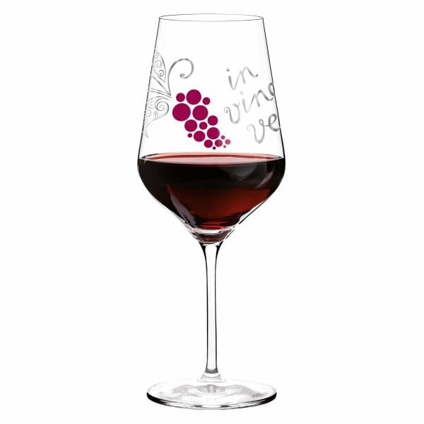 Red wine glass by Nicole Winter