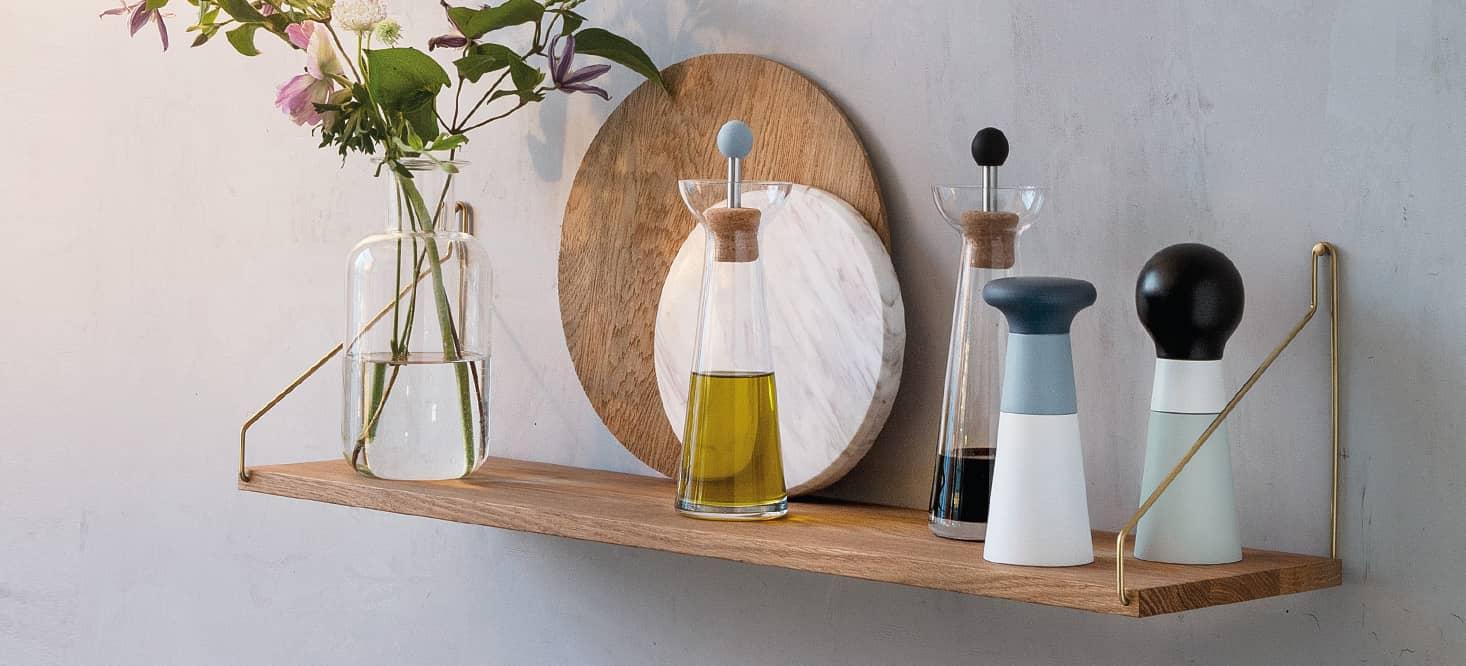 Essig- & Ölkaraffen: Glas, Edelmetall und Kork